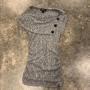 Button gray top size small
